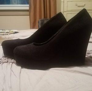 cfd45b92da0a49 Brand new wedge shoes